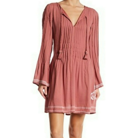 Tularosa Dresses & Skirts - 🍾HP🍾Tularosa Audrey Floral Print Mini Dress